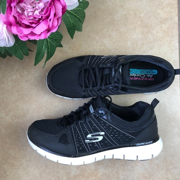 SKECHERS AIR COOLED SYNERGY LOOK BOOK Memory Foam Size 8